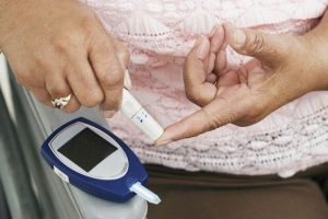 Treatment and prevention of hypoglycemic diabetes